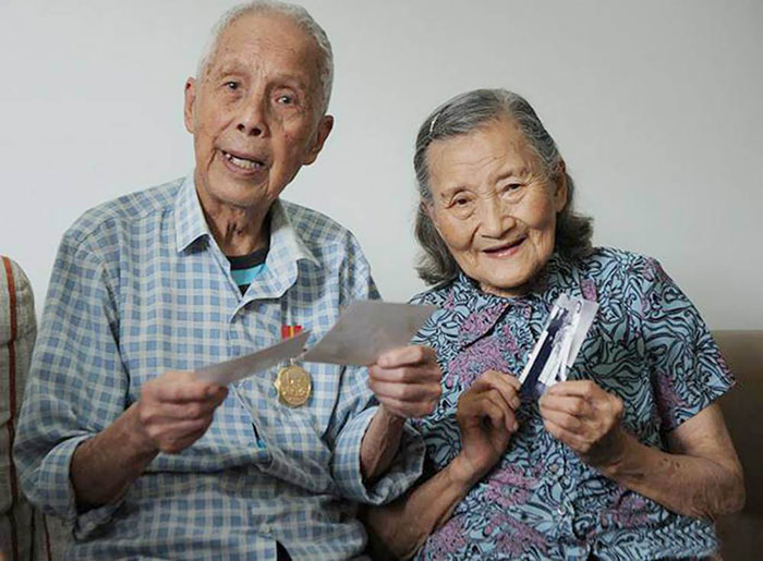 98-Year-Old Couple Recreate Their Wedding Day (8)