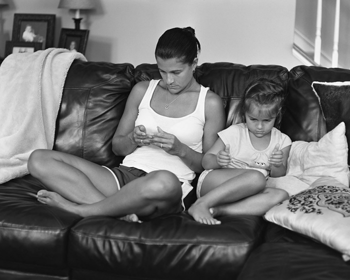 American photographer Eric Pickersgill removed the smartphones 5