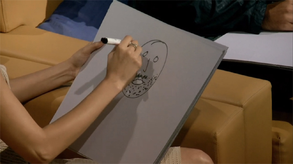 Anushka and Ranir draw Virat (4)