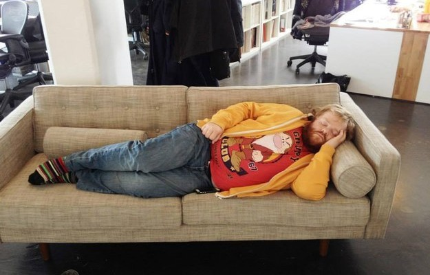 Dude sleeping on the office couch got fame as his for Couch you can sleep on