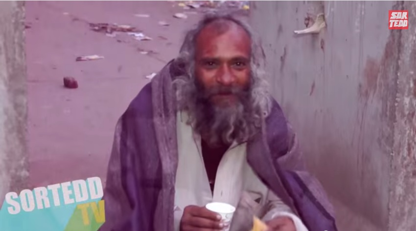 Helping the Homeless by giving them a cup of tea