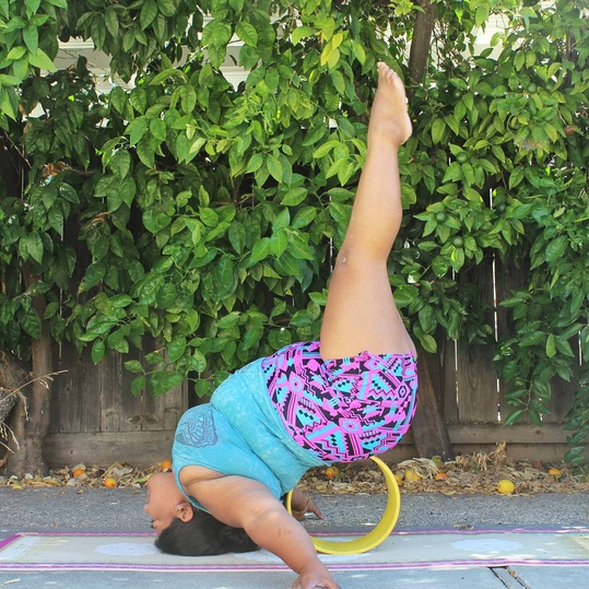 Hollowback or leg lifts for today's pose
