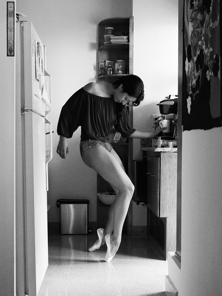 Home-Stage-I-photograph-dancers-in-their-own-homes making coffee