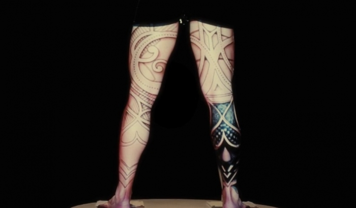 Live Projection Mapping - leg back