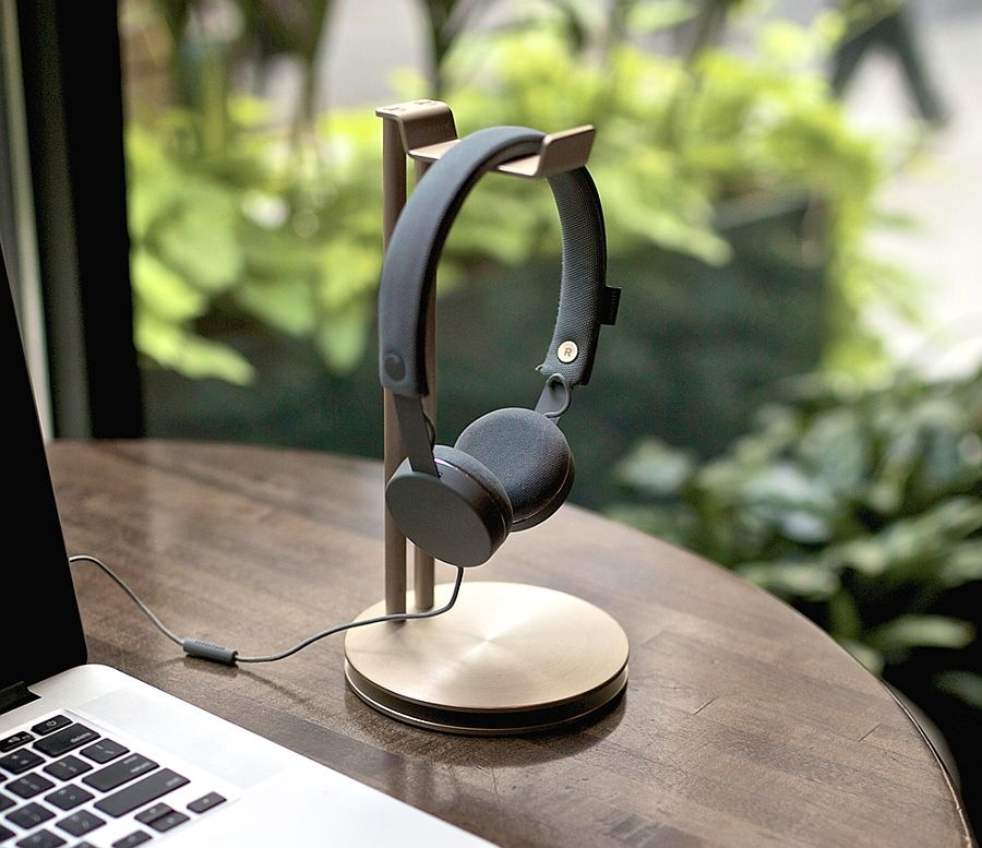 headphones and stand