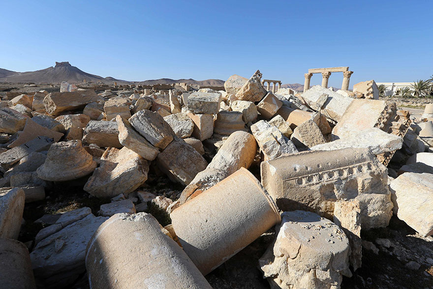 before and after isis destroyed monumentspalmyra (7)