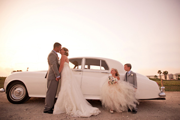 couple-happiness-kids-wedding-wedding-dress-Favim.com-299077