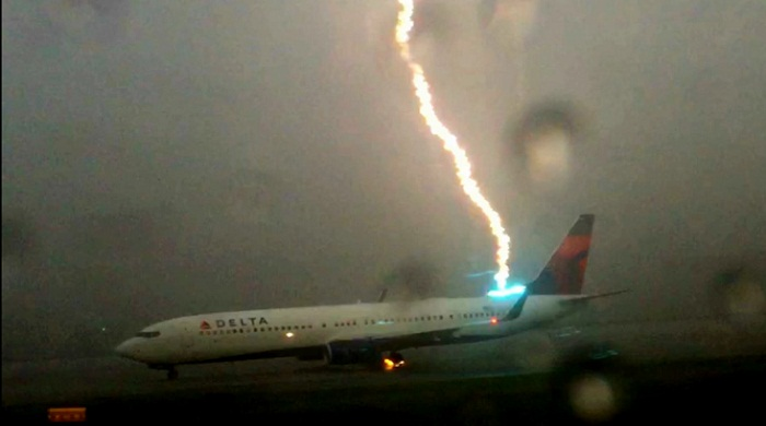 delta lightning strike