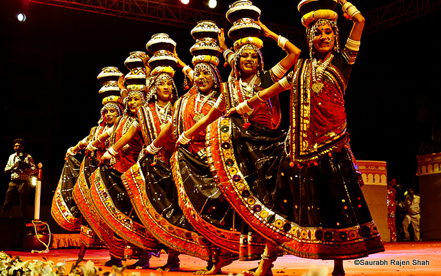 hindu culture essay Delhi culture and tradiyion life, the people of delhi are generally referred as 'delhi-ites' and they take the pride of falling in the fifth most populated urban area in the world.