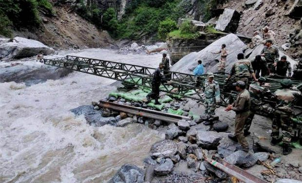 floods Army bridge_0_0_0_0_0_0_0_0