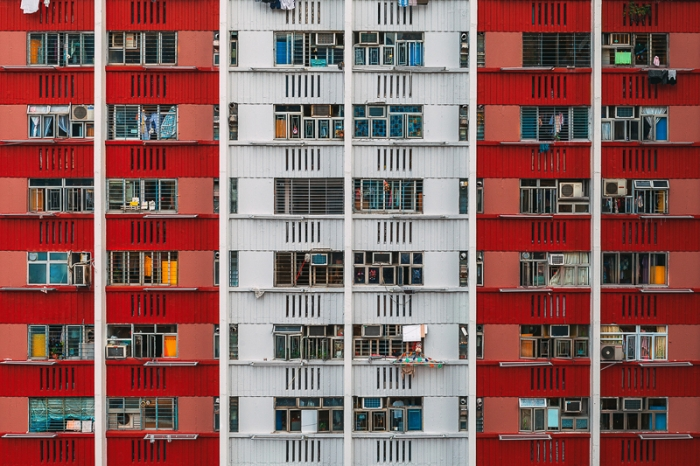 hypnotizing-architecture-hongkong red and white
