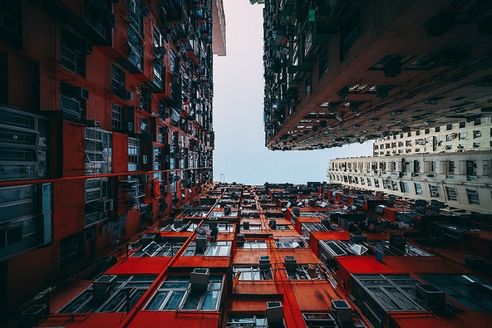 hypnotizng-architecture- hongkong red and orange
