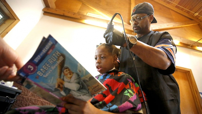 kids read to courtney homles for free haircut - Copy