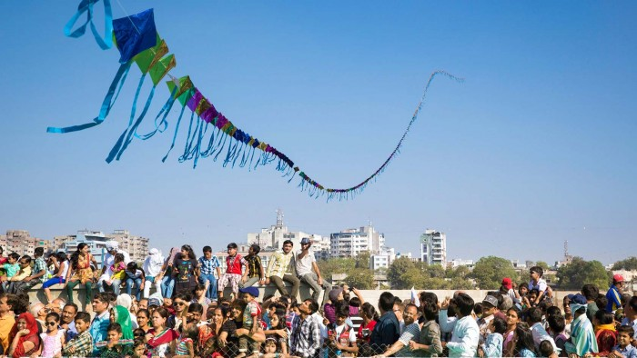 lets-travel-to-india-gujaratwith-kite-festival-tom-robinson-8