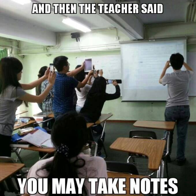 clicking_photo_notes_students