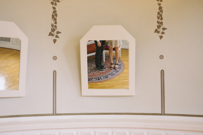 wedding day brides perspective mirrors